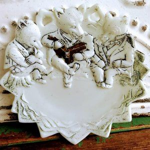 Antique Victorian Milk Glass Plate With Bears